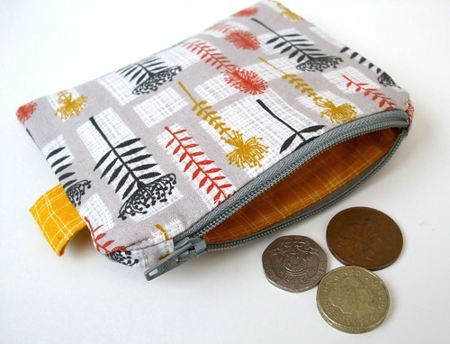 Coin and card purse