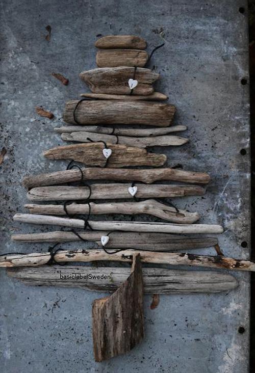 woodenchristmastree.jpg