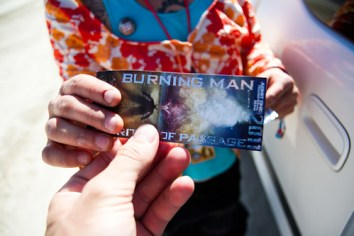 070BurningMan2011_MikeHedge_6244_7D