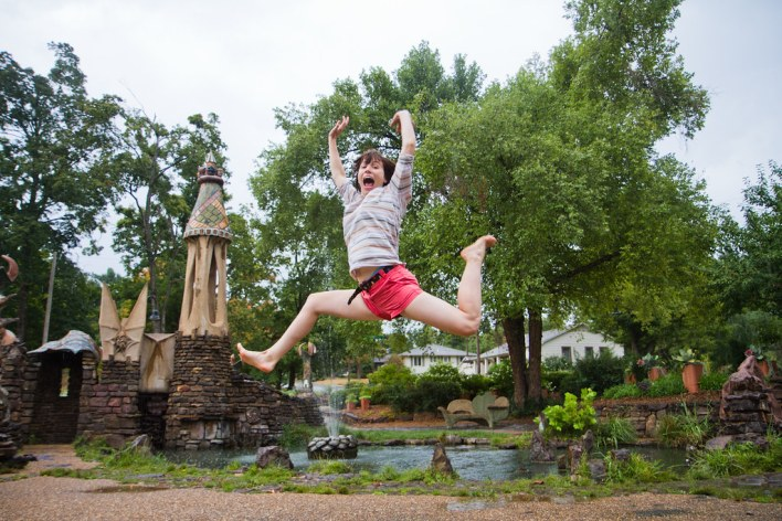 Monica Thomas - jumpshot