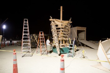 115BurningMan2011_MikeHedge_6448_7D