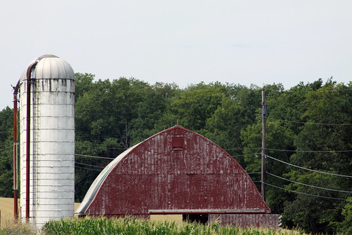 weathered, red barn in pennsylvania