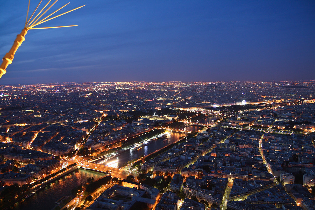 night view from eiffel tower