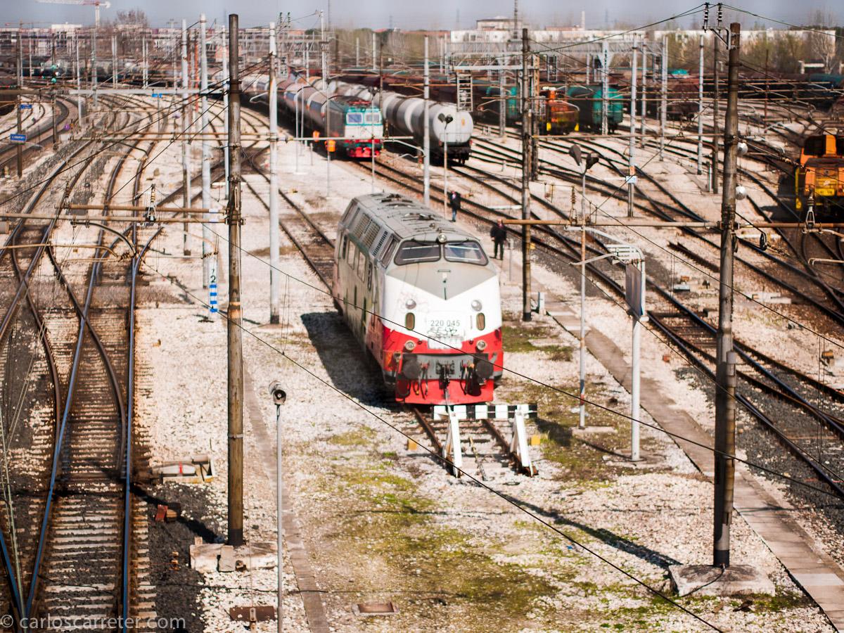 Parienta de las 4000s españolas en la estación de Rávena