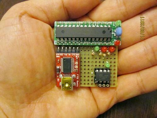 assembled JeonLab mini ATtiny programmer