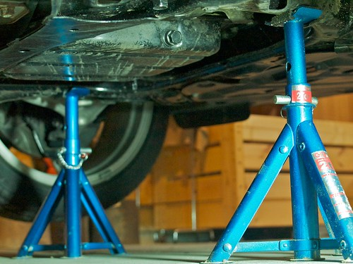 Mazda RX-8 Front Jack Stand Point