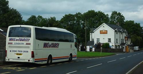 20110821-49_Mike de Courcey Coach - Tair Bull Inn - Libanus by gary.hadden