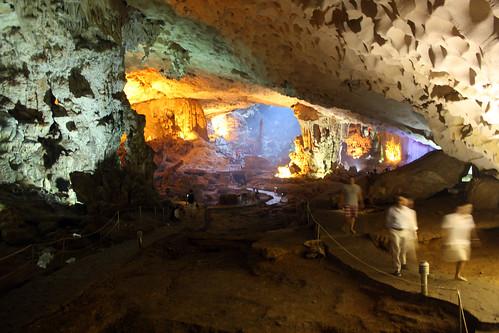 Secret Cave, Hai Long Bay