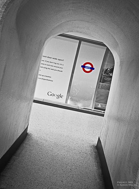 292/365 - Bank underground