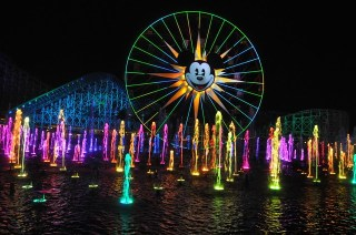 World of Color dancing lights