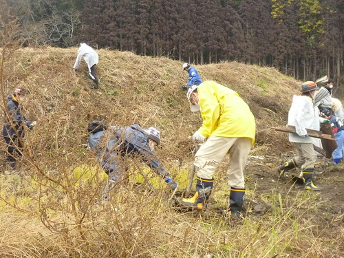 陸前高田市気仙町でボランティア(レーベン隊) Volunteer at Kesencho, Rikuzentakata, Iwate pref. Deeply Affected Area by the Tsunami of Japan Earthquake