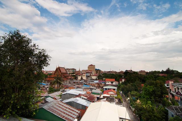 Wat Broyouvong Slum