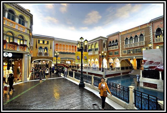 AA and Mai Macau 117 copy