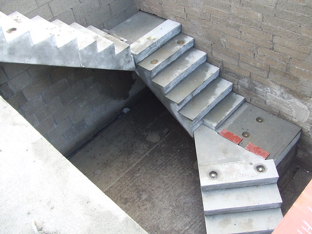 Precast concrete steps home depot for Ready made stairs