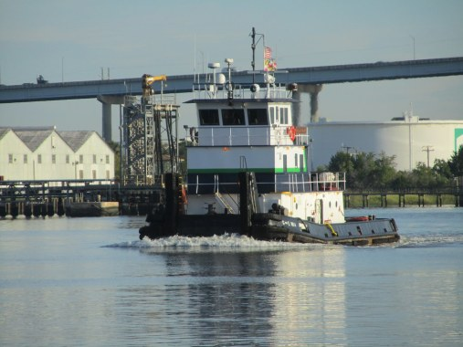 Towboat G & E No 4 9+7+2011 ZEJ   IMG_3240