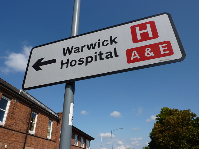 Warwick Hospital - Road sign