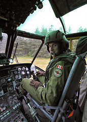 Royal Tour 2011: Prince William in the cockpit of CH-124 Sea King by Canadian Army | Armée canadienne
