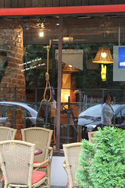 Bar La Bastille avec sa guillotine, Prague
