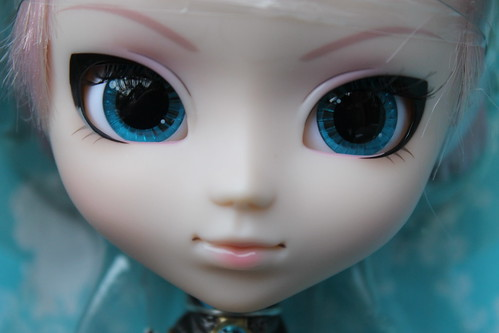 Luka face up