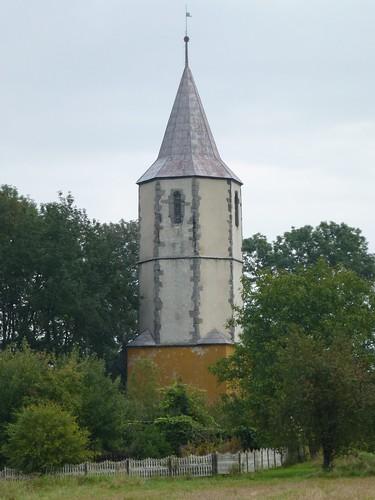 Wieża kościoła w Chmielnie by Polek