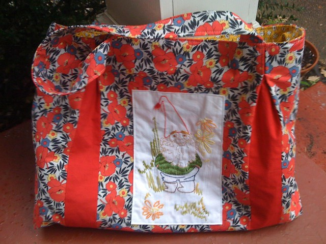 purse (or is it a bag) from bend the rules sewing