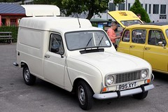 Renault 4 50th Anniversary Brooklands (B95 XYT)