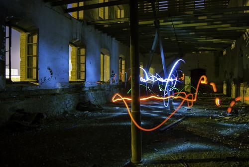 "028/365 ""Experimento II: Light Painting"" by Flickr Jiménez (Pedro Nog)"