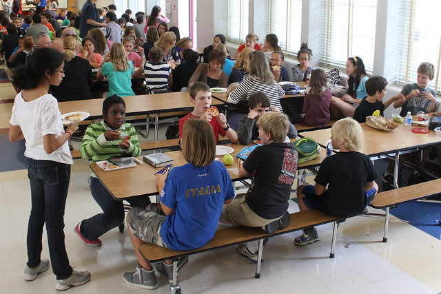 lunchtrommel of school lunch