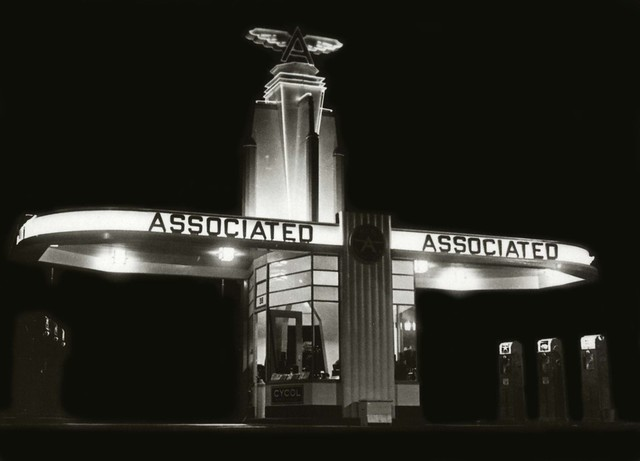Associated Gas Station via paul.malon @ Flickr