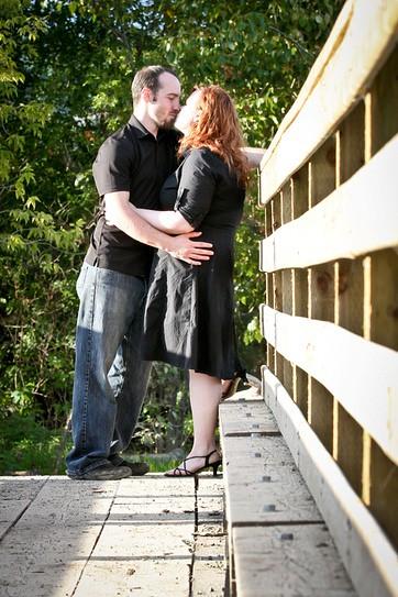 Engagement Photos at Cottonwood Island Park