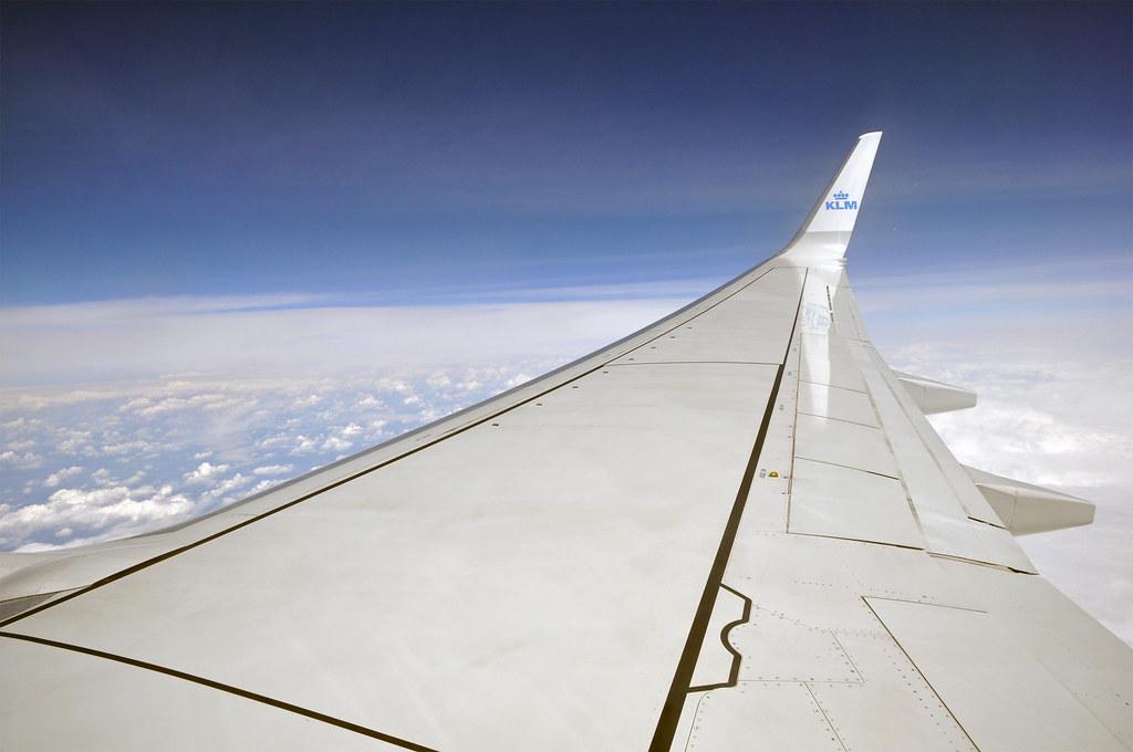 737-700 Wing