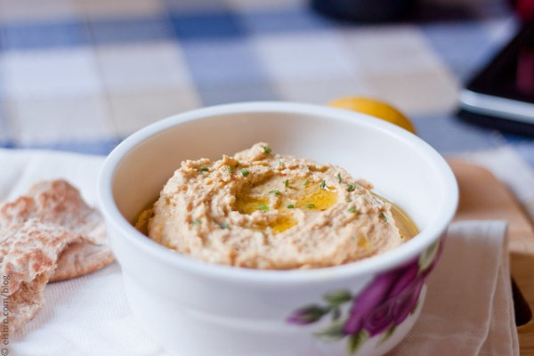 Hummus with Chives