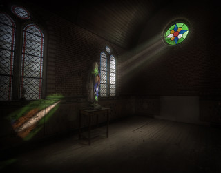 the chapel of rays inside a house  ( explore )