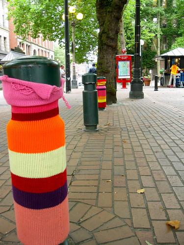 Yarn bombs