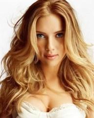 Scarlett Johansson Looks Like a Boy