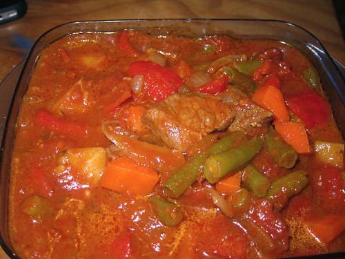 Beef and capsicum casserole