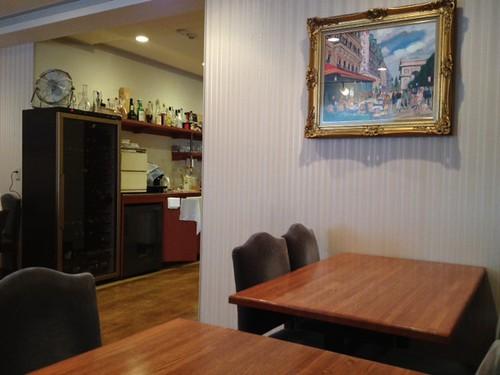 店内は洋食屋さんというよりはフレンチ。@レストラン・サカキ