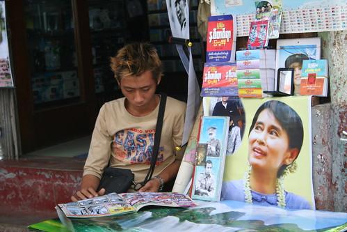 Suu Kyi llena las calles de Rangún, Birmania