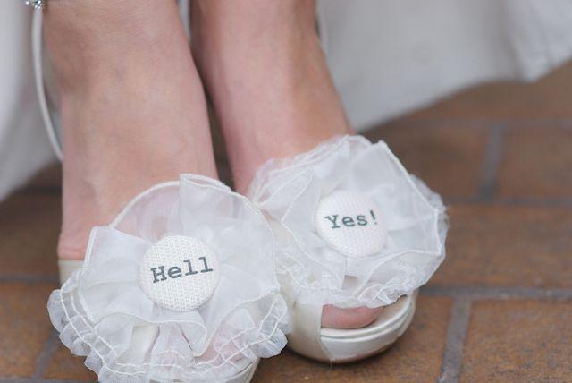 Shoe buttons