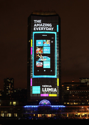 Nokia UK - Nokia Lumia Live. Nokia lights up London with an amazing 4D projection and deadmau5