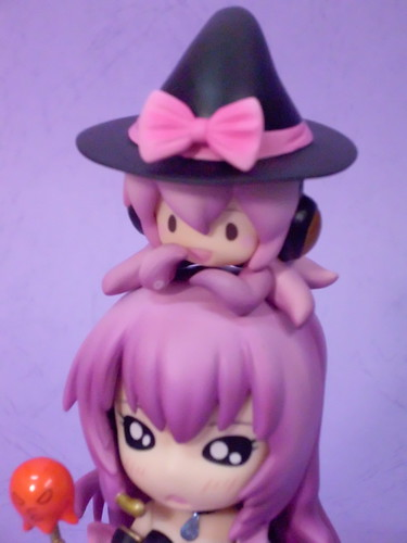 Witch Tako-Luka on top of Luka's head