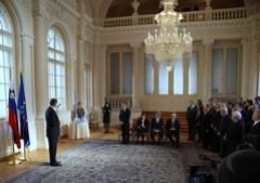 Türk odlikoval zaslu?ne za povezovanje Slovenc...