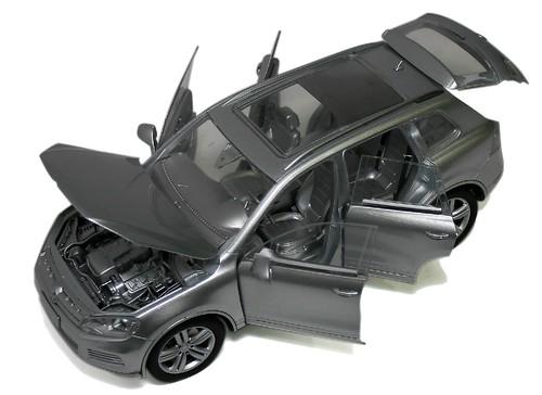 Kyosho VW Tuareg V6