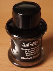 De Atramentis Sherlock Holmes - Close Up