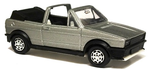 Mattel VW Golf cabrio Zender look