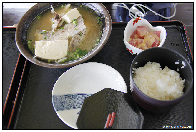 [沖繩.自駕]都屋漁港.讀谷村~物美價廉海鮮丼飯&天婦羅 @VIVIYU小世界