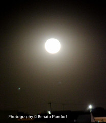 Moon over Anápolis