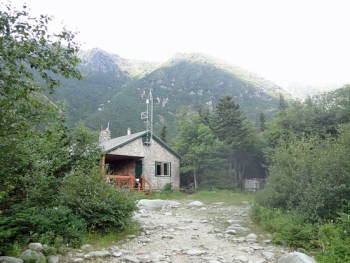 Mt. Washington Hermit Lake Shelters