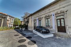 201404 Milan Extra-Large - BMW - HDR à partir du même RAW en -2/0/+1 et filtre gradué LR
