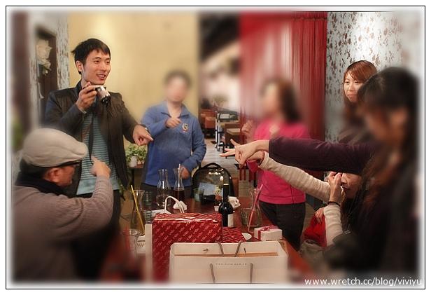 [約訪]義樂洋食館~桃桃幫聖誕交換禮物趴(關門大吉) @VIVIYU小世界